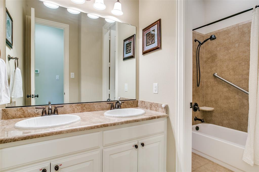 1308 Foxglove  Circle, Lantana, Texas 76226 - acquisto real estate best investor home specialist mike shepherd relocation expert