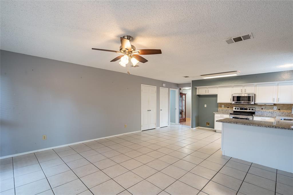 998 Acorn  Drive, Lewisville, Texas 75067 - acquisto real estate best highland park realtor amy gasperini fast real estate service