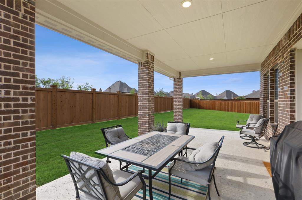7624 Westgate  The Colony, Texas 75056 - acquisto real estate best frisco real estate agent amy gasperini panther creek realtor