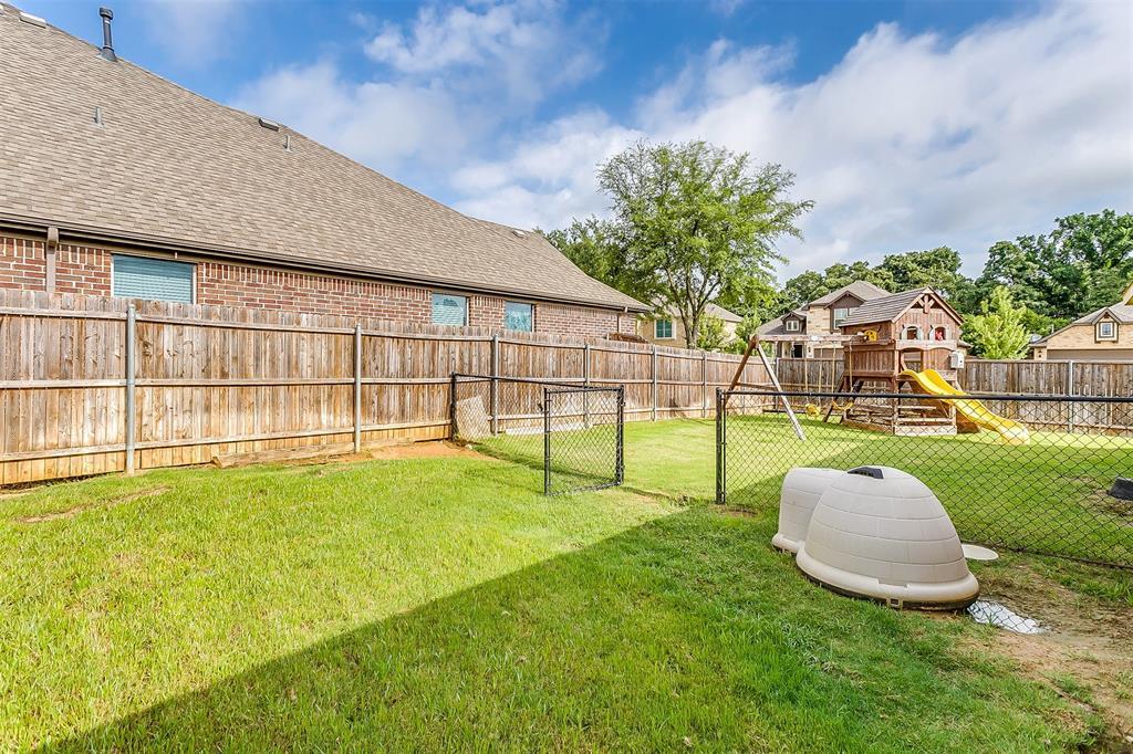 1000 Tarragon  Drive, Burleson, Texas 76028 - acquisto real estate best real estate follow up system katy mcgillen