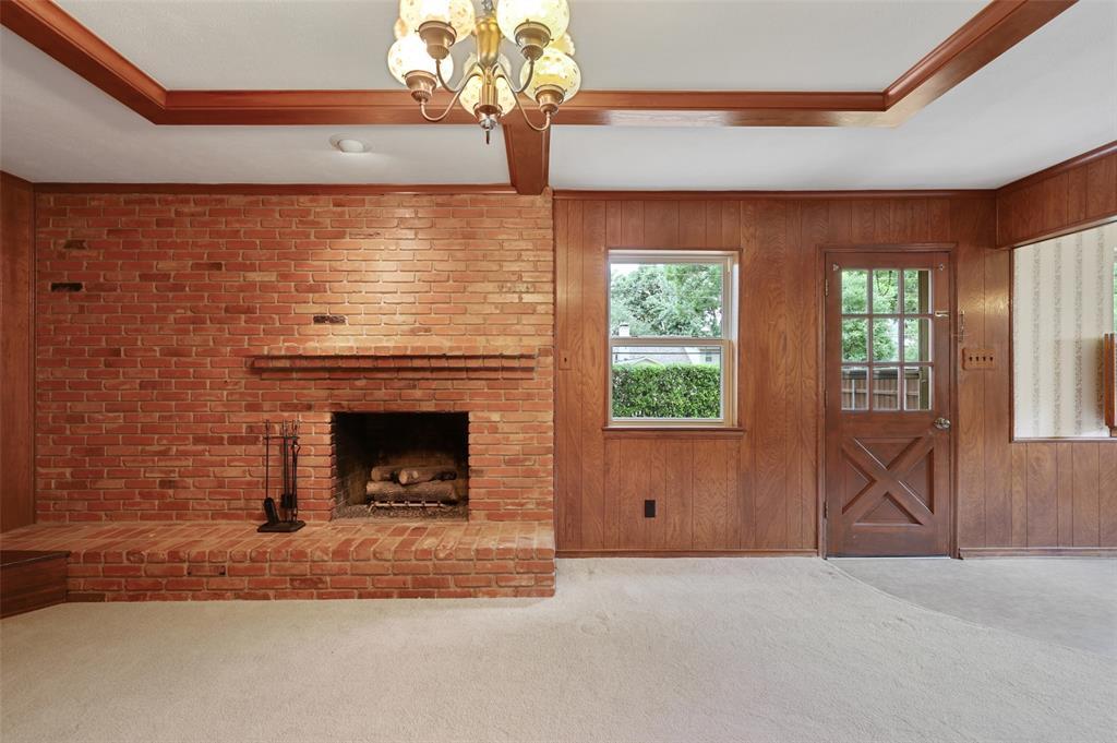 9525 Brentgate  Drive, Dallas, Texas 75238 - acquisto real estate best designer and realtor hannah ewing kind realtor