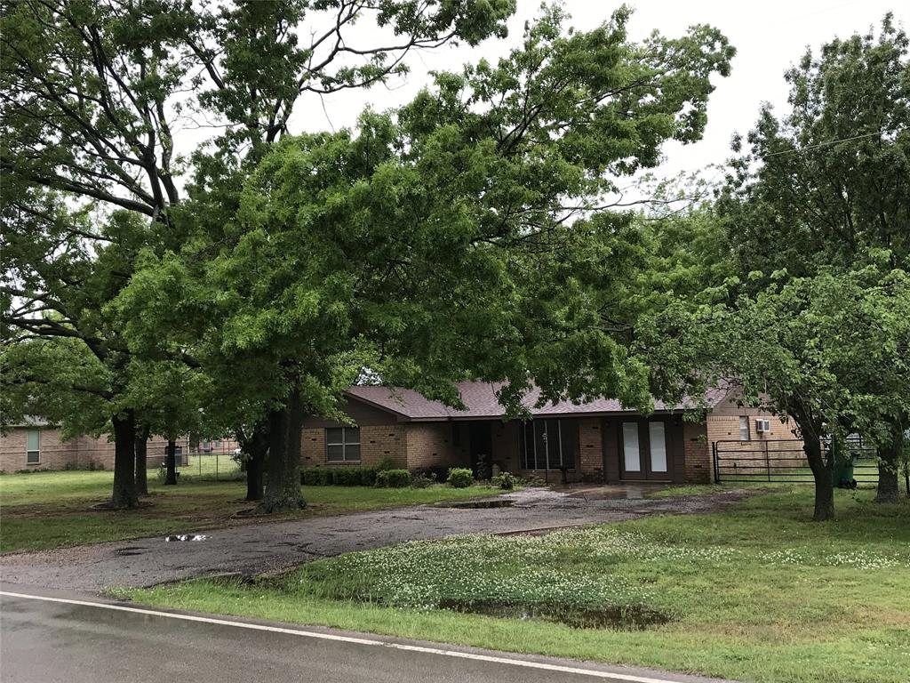 315 Hickory  Street, Lindsay, Texas 76250 - Acquisto Real Estate best mckinney realtor hannah ewing stonebridge ranch expert