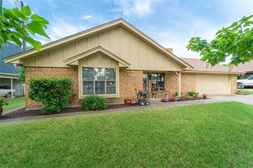 309 5th  Street, Justin, Texas 76247 - acquisto real estate best allen realtor kim miller hunters creek expert