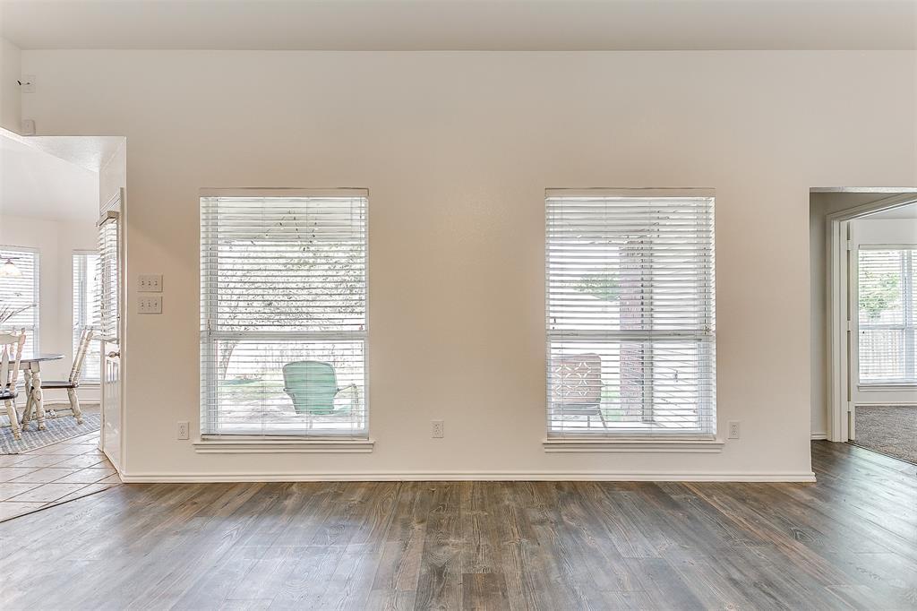 203 Seminole  Trail, Alvarado, Texas 76009 - acquisto real estate best real estate company to work for