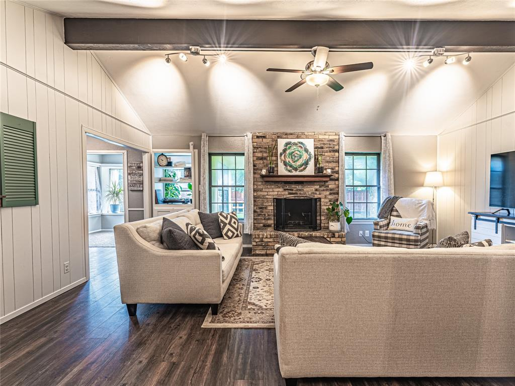1026 Westminster  Lane, Mansfield, Texas 76063 - acquisto real estate best real estate company to work for