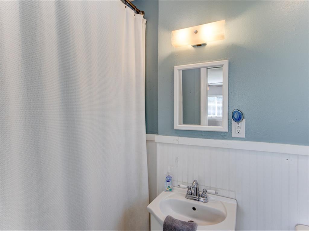 5621 Wedgworth  Road, Fort Worth, Texas 76133 - acquisto real estate best realtor dfw jody daley liberty high school realtor