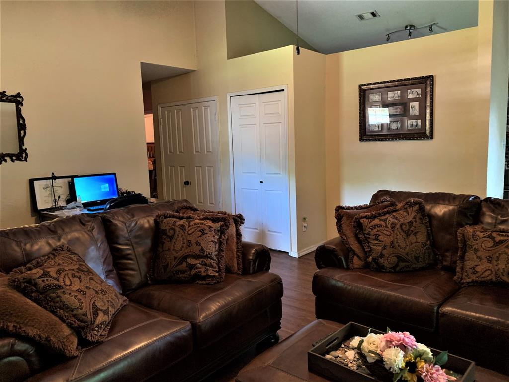 2513 Craig  Lane, Denton, Texas 76209 - acquisto real estate best celina realtor logan lawrence best dressed realtor