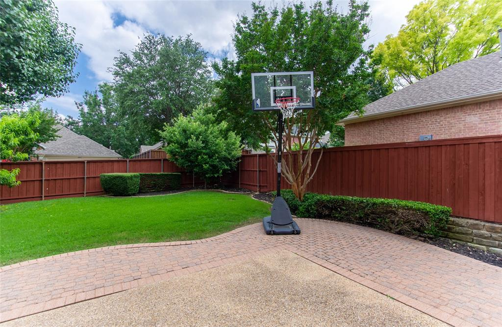 448 Crestview Point Dr  Drive, Lewisville, Texas 75067 - acquisto real estate best plano real estate agent mike shepherd