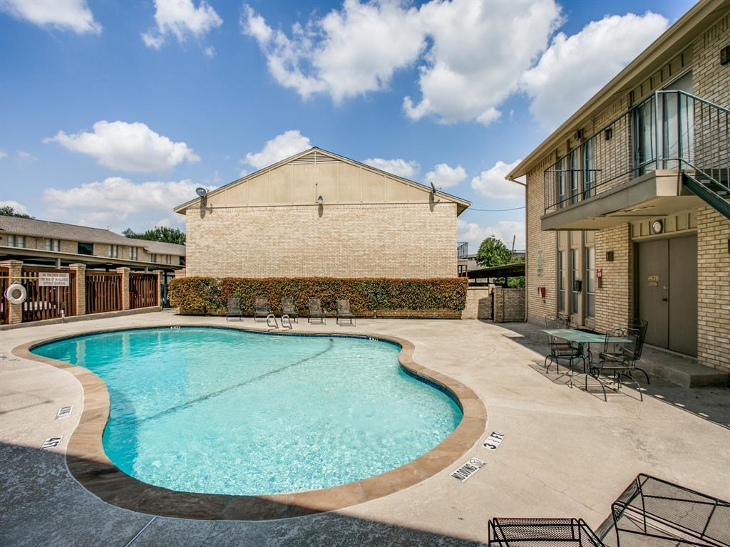 5833 Sandhurst  Lane, Dallas, Texas 75206 - acquisto real estate best real estate company to work for