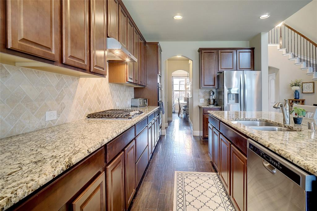 1029 Basket Willow  Terrace, Fort Worth, Texas 76052 - acquisto real estate best new home sales realtor linda miller executor real estate