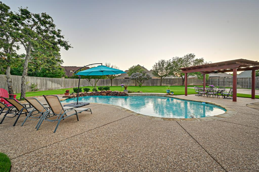 1040 Falcon Creek  Drive, Kennedale, Texas 76060 - acquisto real estate agent of the year mike shepherd
