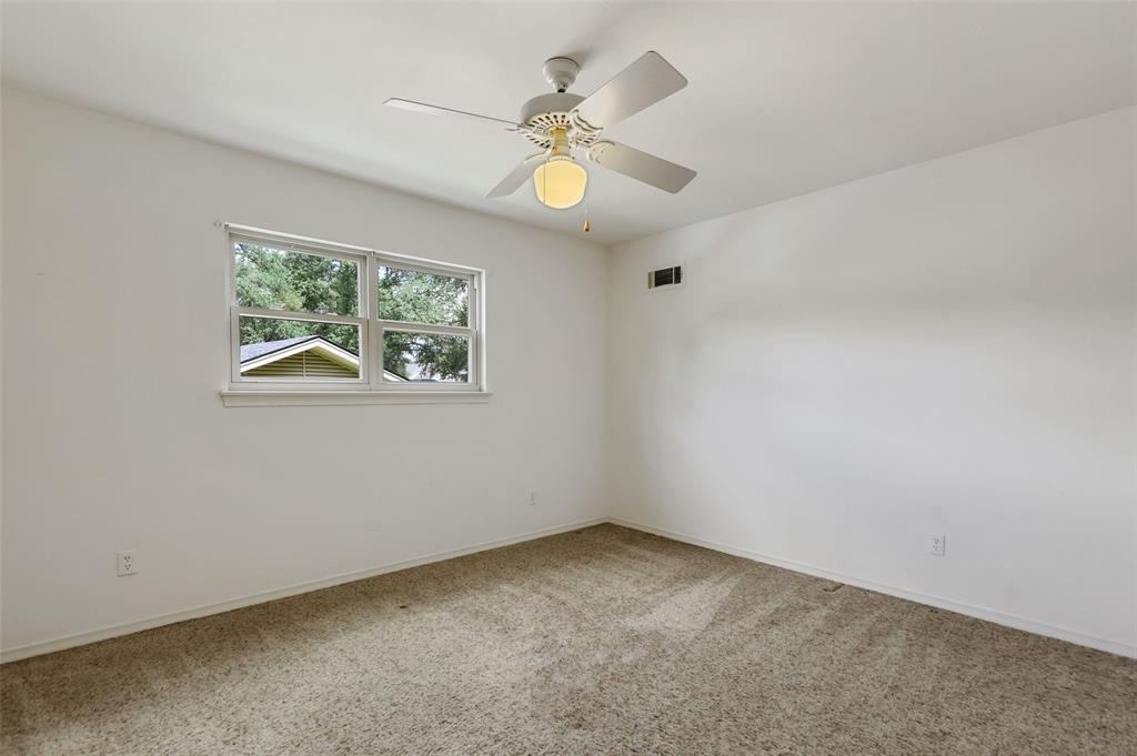 9525 Brentgate  Drive, Dallas, Texas 75238 - acquisto real estate best realtor westlake susan cancemi kind realtor of the year