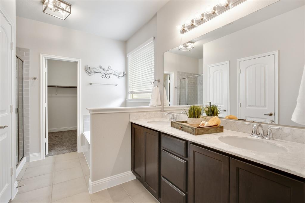 329 Noel  Drive, McKinney, Texas 75072 - acquisto real estate best photos for luxury listings amy gasperini quick sale real estate