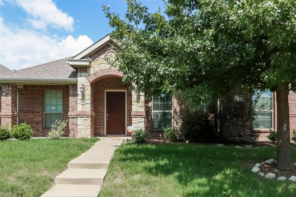 311 Galloping Hill  Road, Red Oak, Texas 75154 - Acquisto Real Estate best plano realtor mike Shepherd home owners association expert