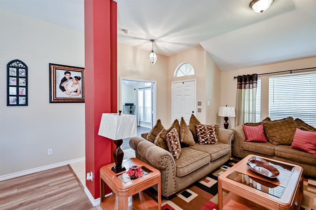 7002 Snowy Owl  Street, Arlington, Texas 76002 - acquisto real estate best luxury buyers agent in texas shana acquisto inheritance realtor