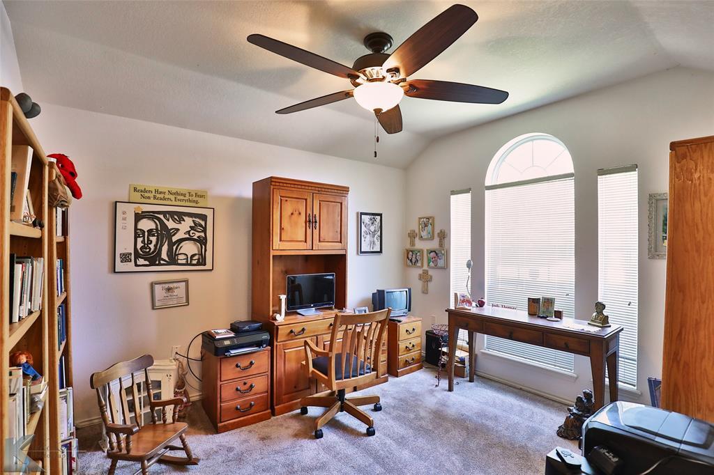 918 Reeves  Street, Abilene, Texas 79602 - acquisto real estate best realtor foreclosure real estate mike shepeherd walnut grove realtor