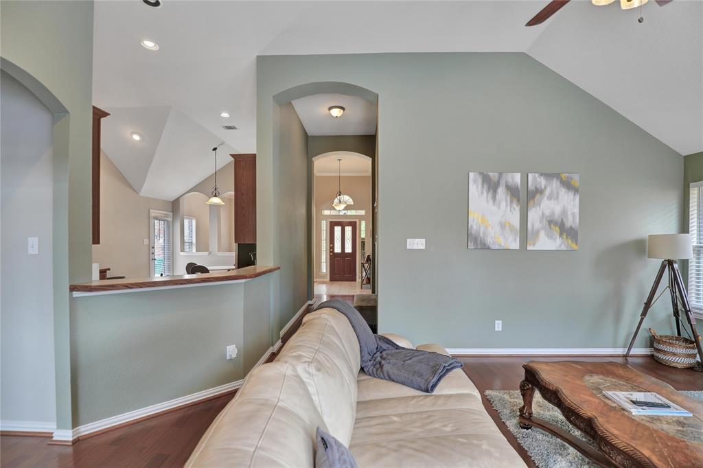 2537 Dunbar  Drive, McKinney, Texas 75072 - acquisto real estate best realtor foreclosure real estate mike shepeherd walnut grove realtor