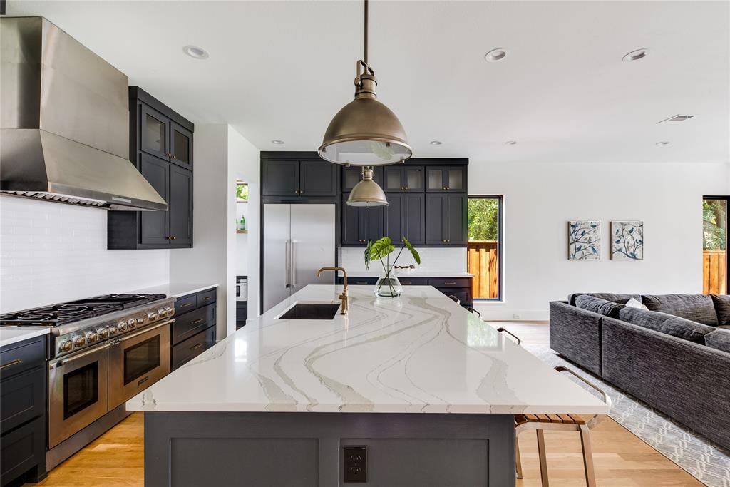 6442 Sondra  Drive, Dallas, Texas 75214 - acquisto real estate best real estate company in frisco texas real estate showings