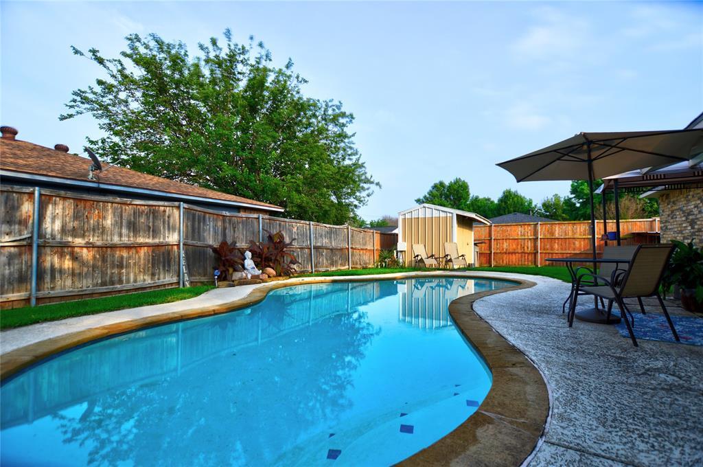 1805 Santa Fe  Court, Grand Prairie, Texas 75052 - acquisto real estate best investor home specialist mike shepherd relocation expert
