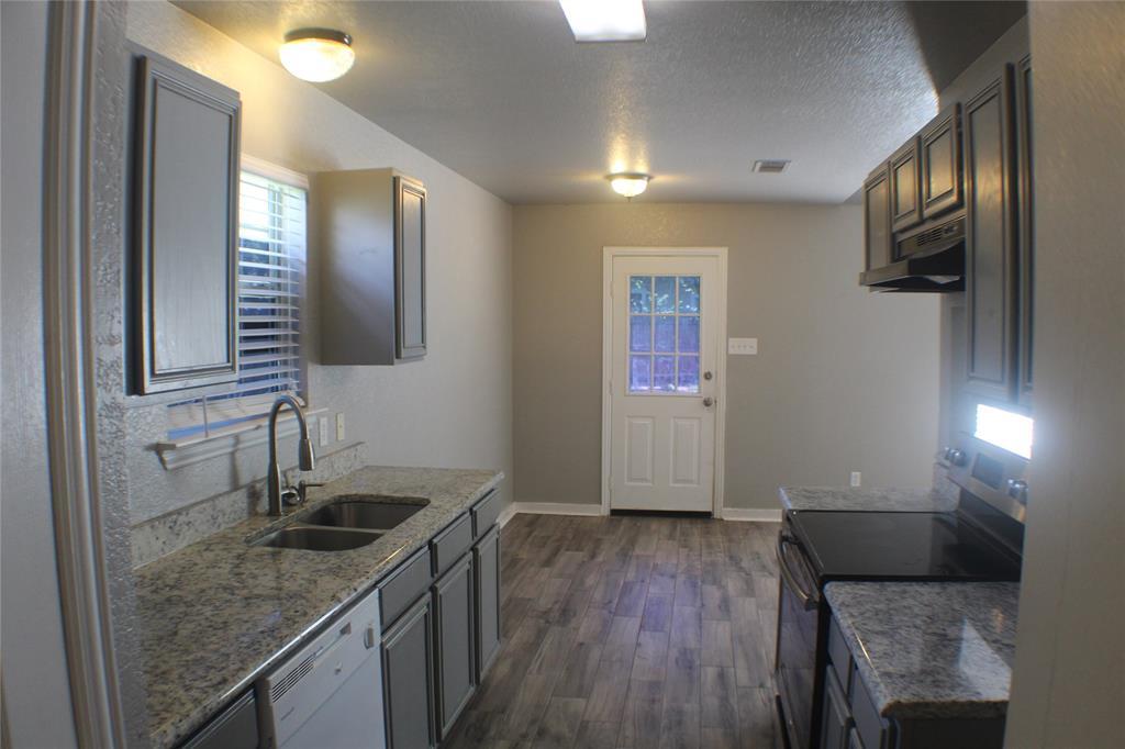 1132 Alvarado  Street, Cleburne, Texas 76031 - acquisto real estate best celina realtor logan lawrence best dressed realtor