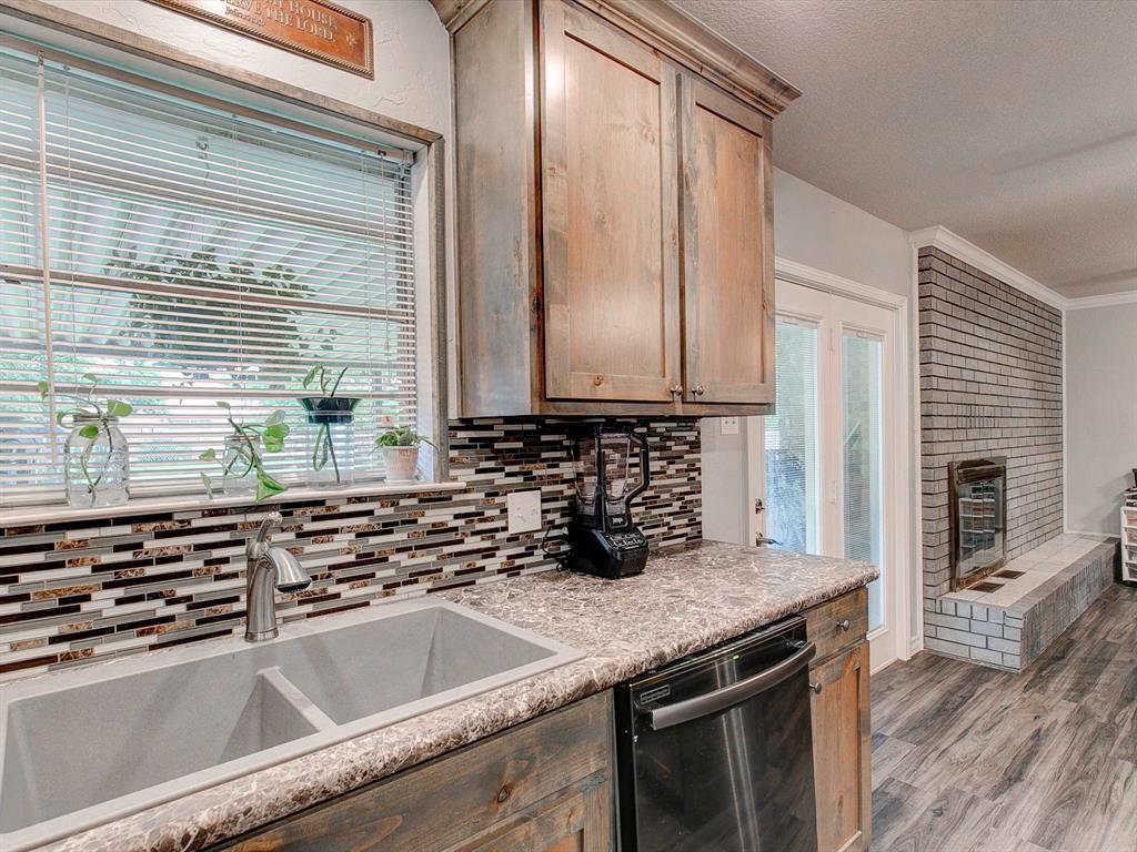 401 Wilson  Avenue, Whitney, Texas 76692 - acquisto real estate best luxury buyers agent in texas shana acquisto inheritance realtor