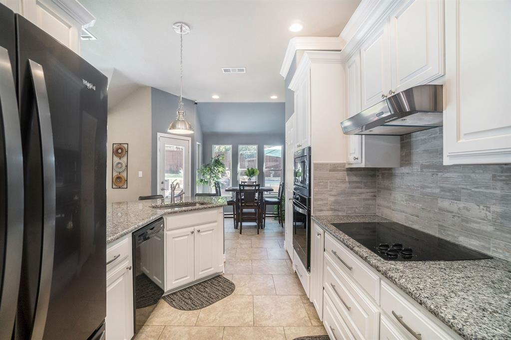 1608 Donna  Lane, Bedford, Texas 76022 - acquisto real estate best real estate company in frisco texas real estate showings