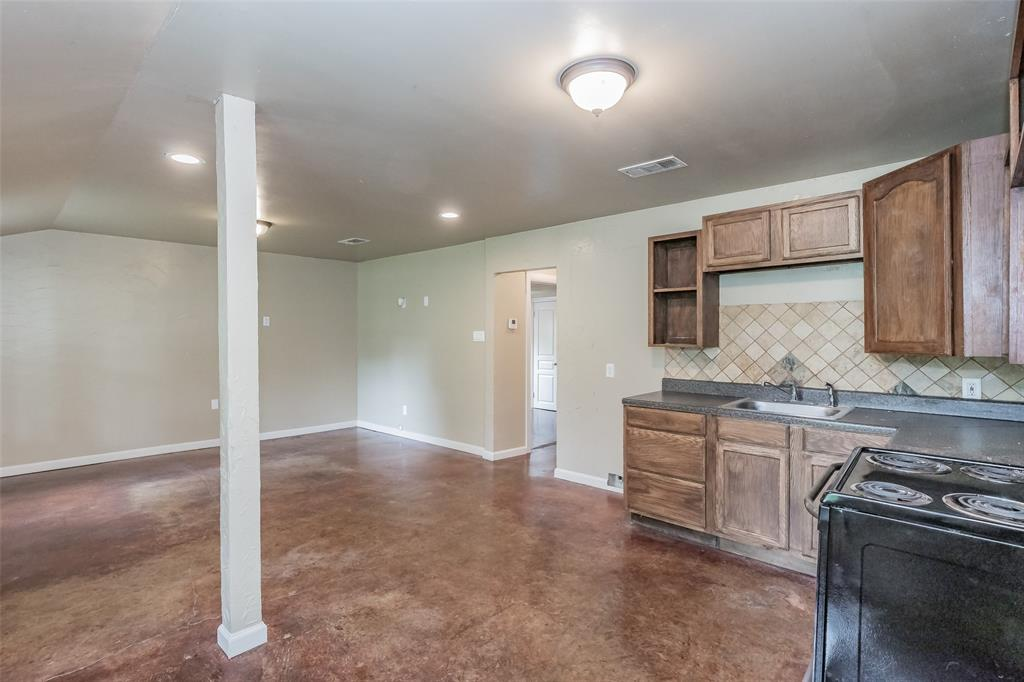 3111 Pecan  Street, Fort Worth, Texas 76106 - acquisto real estate best the colony realtor linda miller the bridges real estate