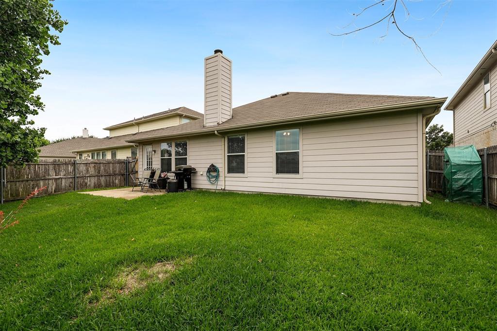 1012 Aviary  Drive, Aubrey, Texas 76227 - acquisto real estate best listing photos hannah ewing mckinney real estate expert