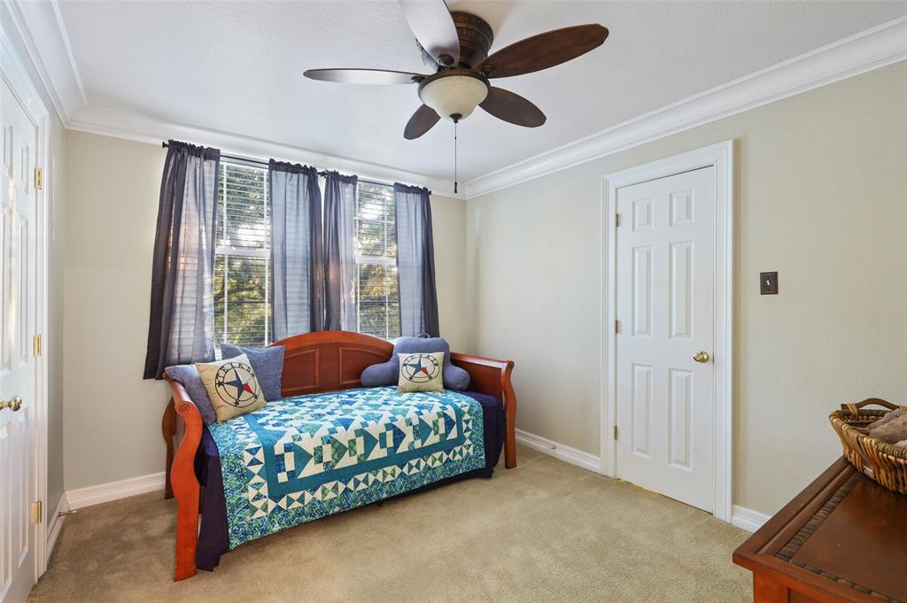 407 Clover Leaf  Lane, McKinney, Texas 75072 - acquisto real estate best realtor dfw jody daley liberty high school realtor
