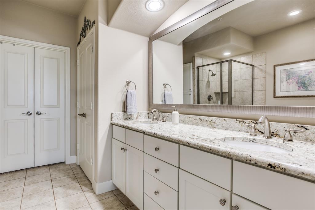 500 Waters Edge  Drive, Lake Dallas, Texas 75065 - acquisto real estate best designer and realtor hannah ewing kind realtor