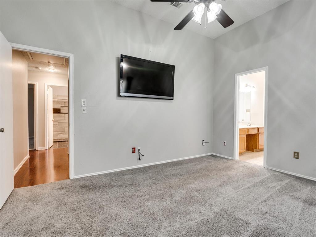 210 Mahogany  Drive, Arlington, Texas 76018 - acquisto real estate best designer and realtor hannah ewing kind realtor
