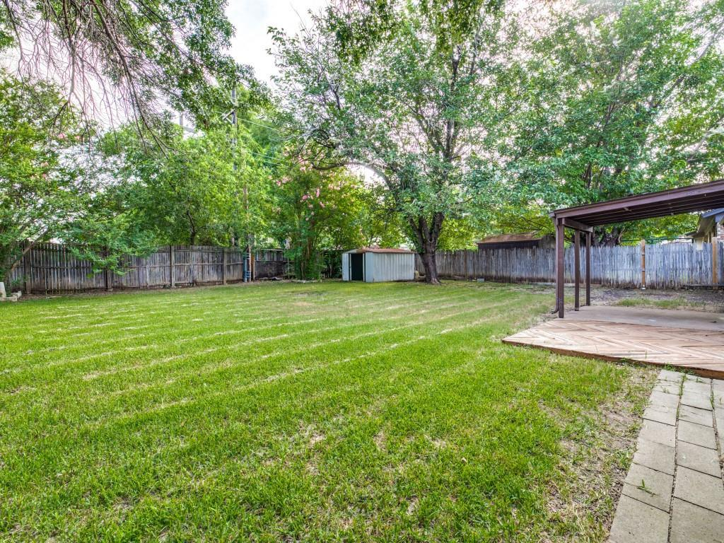 6321 Carousel  Drive, Watauga, Texas 76148 - acquisto real estate best realtor dallas texas linda miller agent for cultural buyers