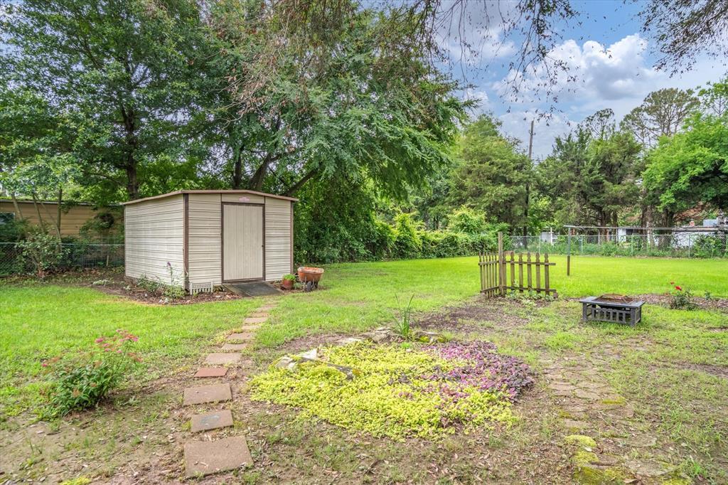 711 Water Crest  Circle, Canton, Texas 75103 - acquisto real estate best negotiating realtor linda miller declutter realtor