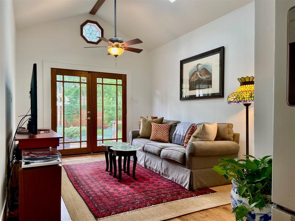5907 Velasco  Avenue, Dallas, Texas 75206 - acquisto real estate best celina realtor logan lawrence best dressed realtor