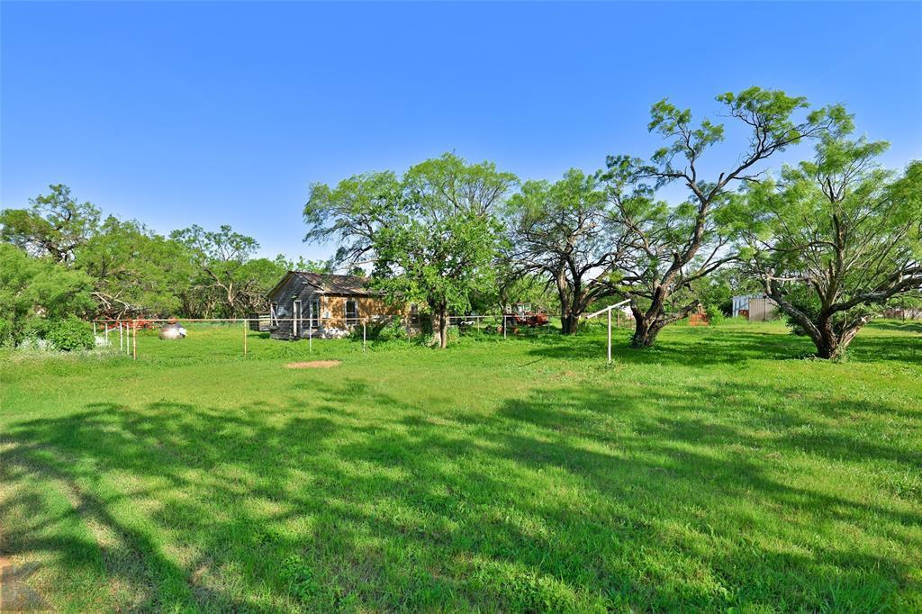 813 Orient  Street, Stamford, Texas 79553 - acquisto real estate best park cities realtor kim miller best staging agent