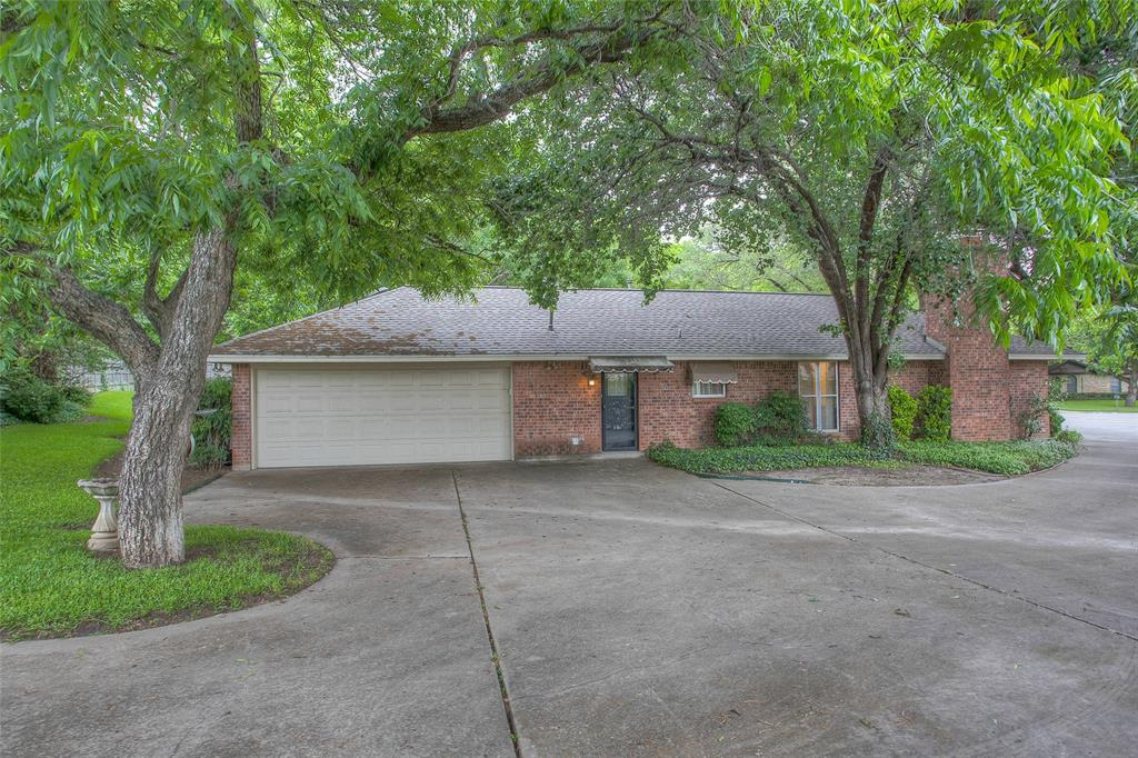 1513 Northcrest  Court, Fort Worth, Texas 76107 - acquisto real estate best relocation company in america katy mcgillen