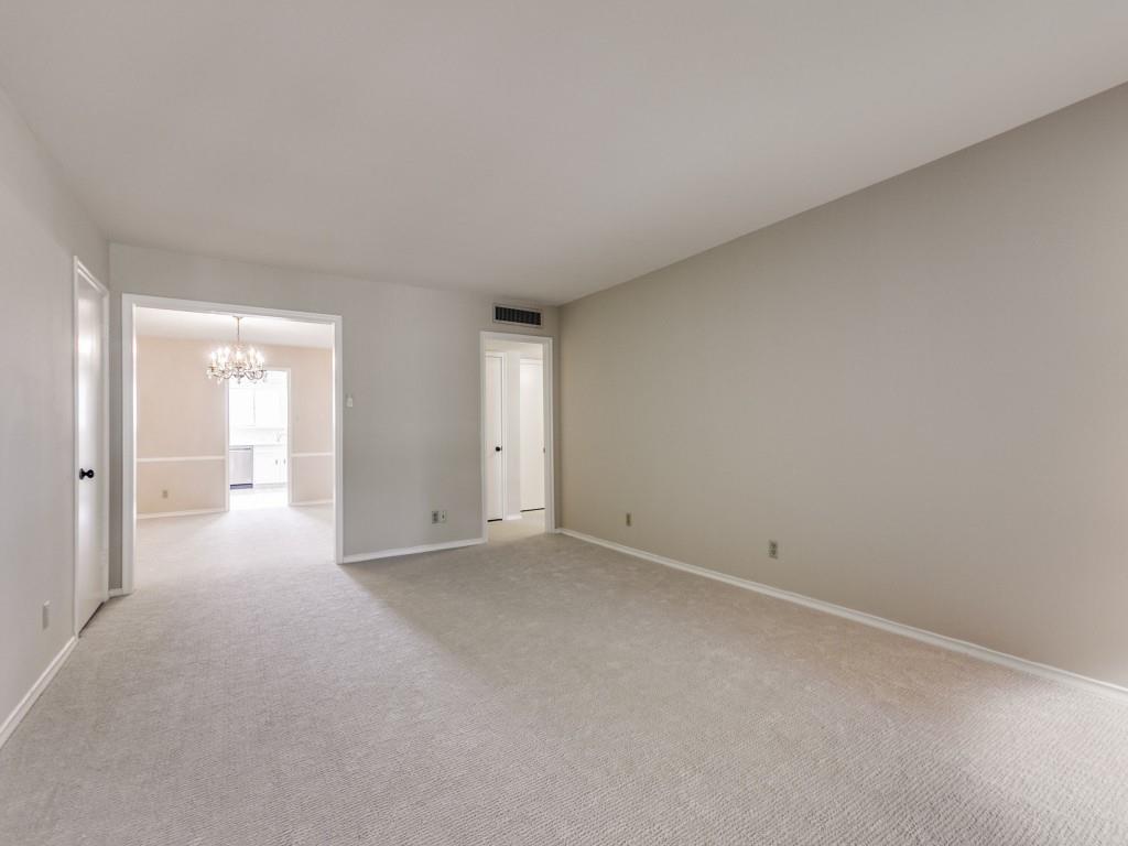 6113 Averill  Way, Dallas, Texas 75225 - acquisto real estate best allen realtor kim miller hunters creek expert