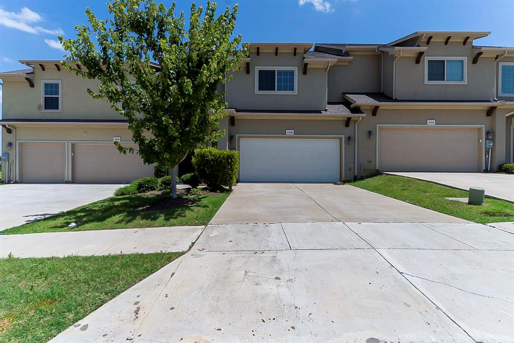 4226 Nia  Drive, Irving, Texas 75038 - Acquisto Real Estate best plano realtor mike Shepherd home owners association expert