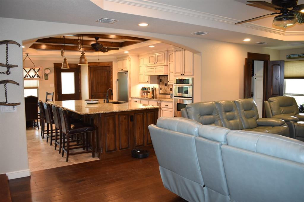 137 Kinbrook  Lane, Weatherford, Texas 76087 - acquisto real estate best celina realtor logan lawrence best dressed realtor
