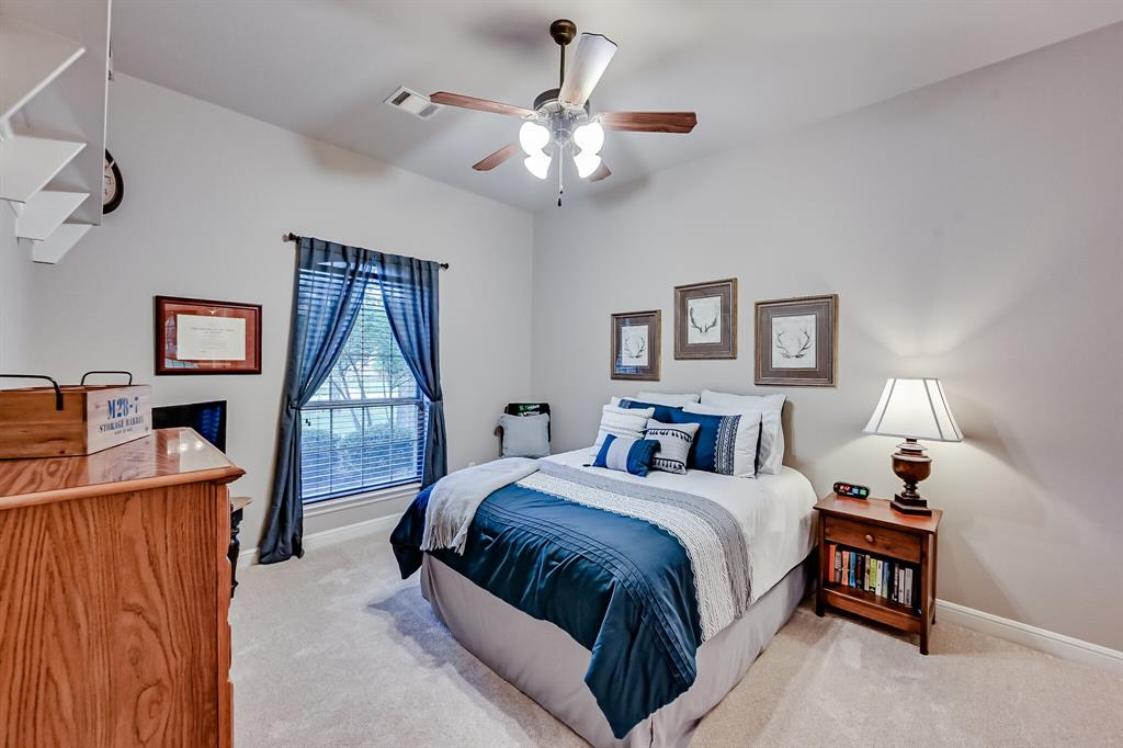 1040 Falcon Creek  Drive, Kennedale, Texas 76060 - acquisto real estate best negotiating realtor linda miller declutter realtor