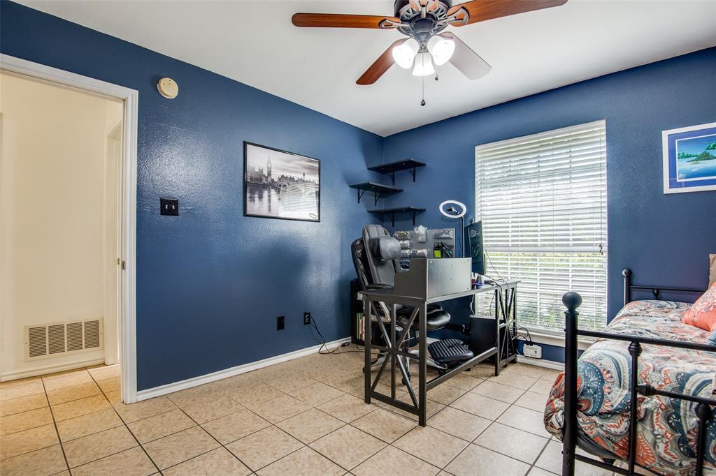 1204 Oak  Valley, Denton, Texas 76209 - acquisto real estate best designer and realtor hannah ewing kind realtor