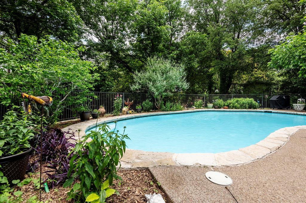 3808 Hills  Circle, Fort Worth, Texas 76109 - acquisto real estate best photo company frisco 3d listings