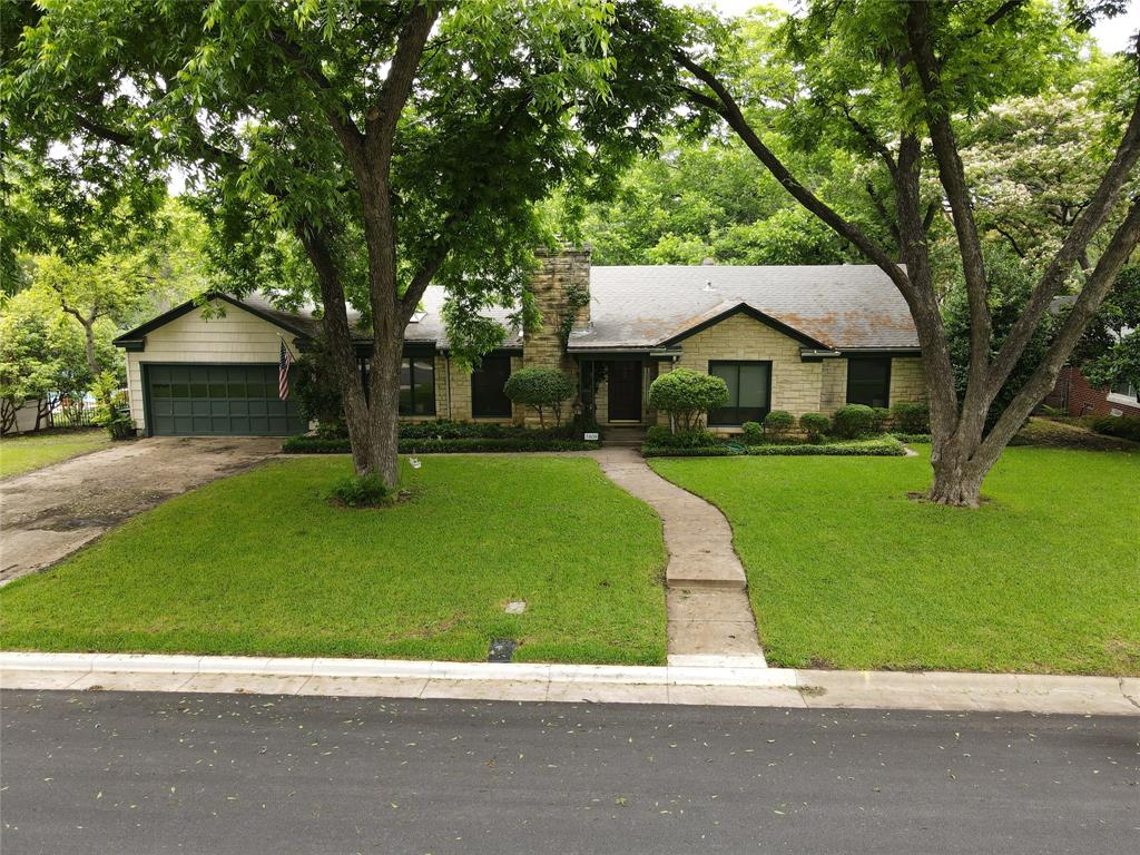 3808 Hills  Circle, Fort Worth, Texas 76109 - acquisto real estate best real estate company in frisco texas real estate showings