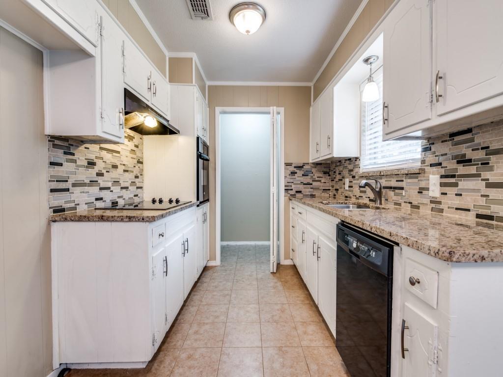 6321 Carousel  Drive, Watauga, Texas 76148 - acquisto real estate best highland park realtor amy gasperini fast real estate service