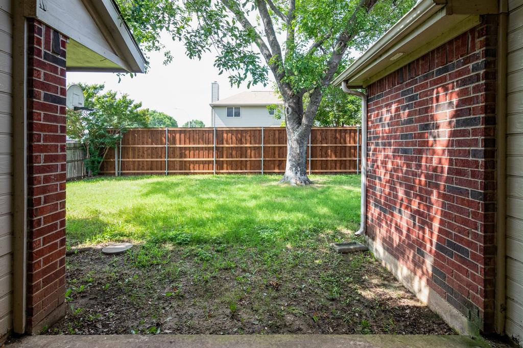 8701 Mystic  Trail, Fort Worth, Texas 76118 - acquisto real estate best park cities realtor kim miller best staging agent