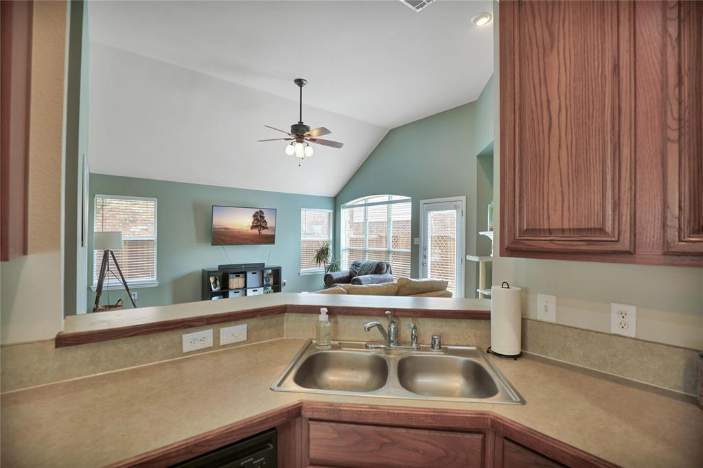 2537 Dunbar  Drive, McKinney, Texas 75072 - acquisto real estate best style realtor kim miller best real estate reviews dfw