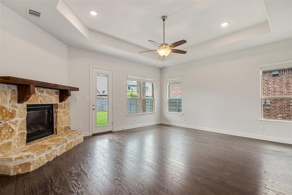 720 Sandbox  Drive, Little Elm, Texas 76227 - acquisto real estate best listing agent in the nation shana acquisto estate realtor