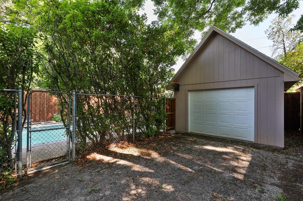 5935 Vanderbilt  Avenue, Dallas, Texas 75206 - acquisto real estate best frisco real estate agent amy gasperini panther creek realtor