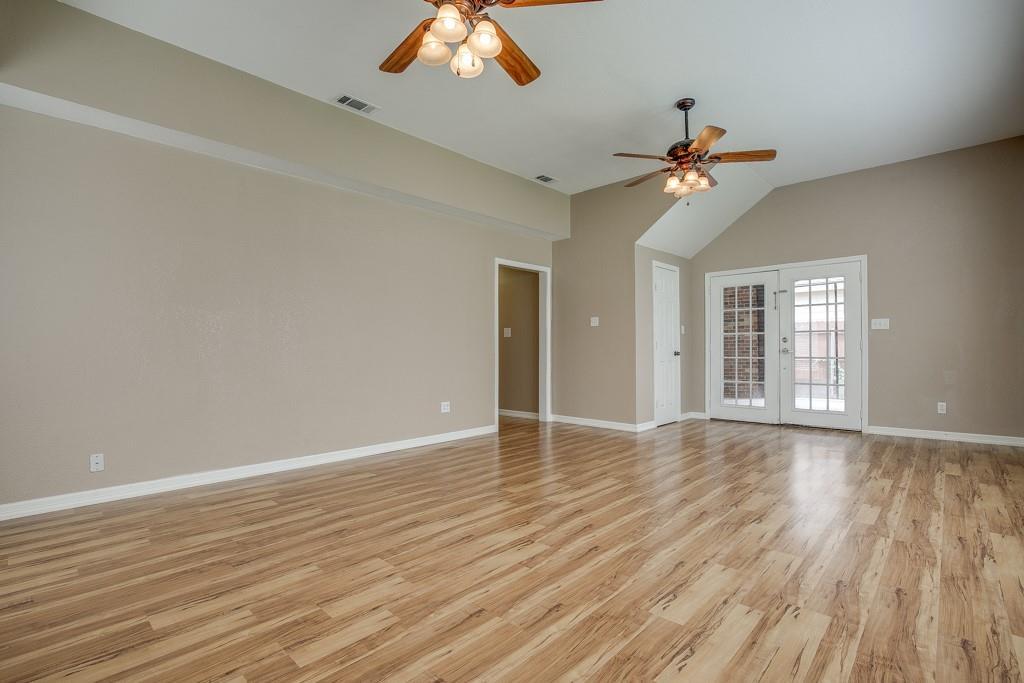 746 Elsberry  Avenue, Dallas, Texas 75217 - acquisto real estate best photos for luxury listings amy gasperini quick sale real estate