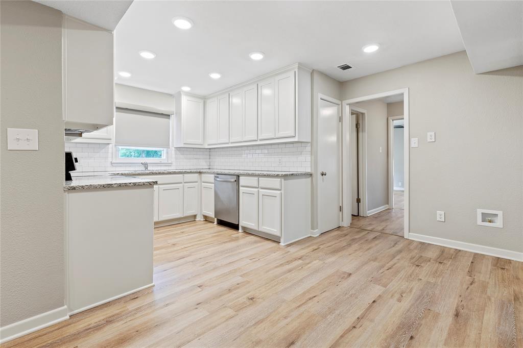 1703 College  Street, Sherman, Texas 75092 - acquisto real estate best highland park realtor amy gasperini fast real estate service